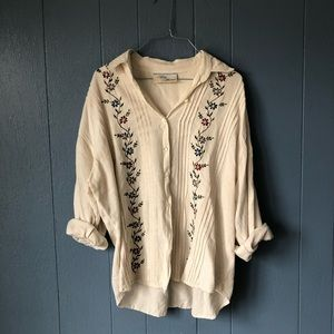 Vintage linen embroidered button down top S/M